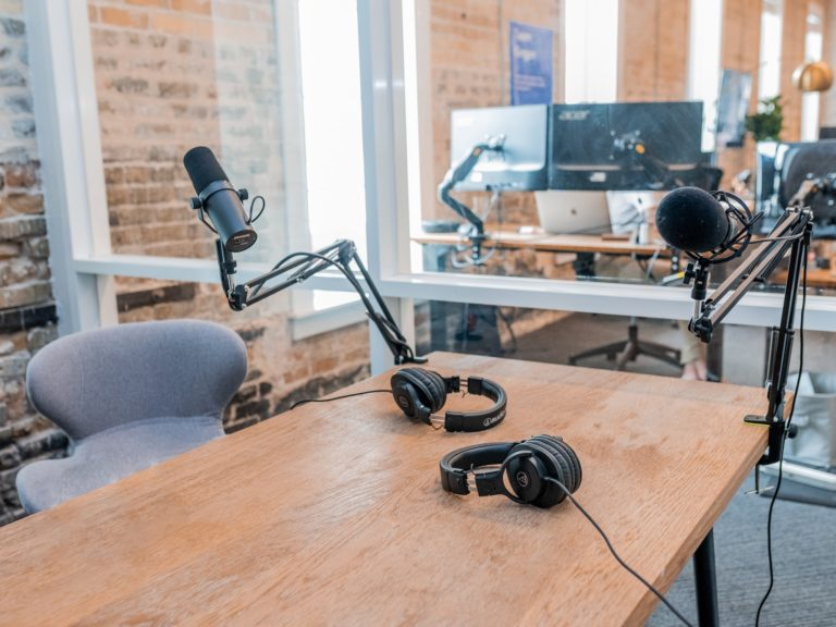 Podcast episode CEO Jesus McDonald talks with Business Coach and Podcast Host Derek Guajardo about starting a business